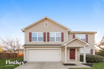 7025 VILLAGE OAKS Dr 4 Beds House for Rent Photo Gallery 1