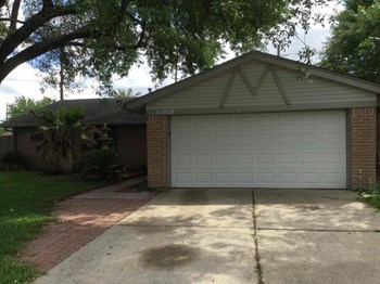 11918 Bee Ln 4 Beds House for Rent Photo Gallery 1