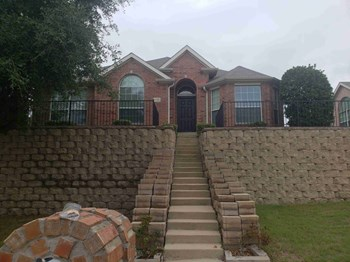 707 Geary Dr 4 Beds House for Rent Photo Gallery 1