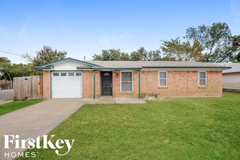 956 DEE Ln 3 Beds House for Rent Photo Gallery 1
