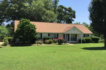 2012 Jefferson Way 4 Beds House for Rent Photo Gallery 1