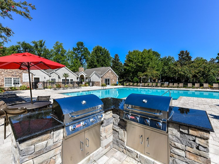 Looking for the perfect way to entertain guests or enjoy time spent with family and friends? Utilize the newly renovated Grilling Areas at Lake Cameron Apartment Homes, Apex, NC 27523