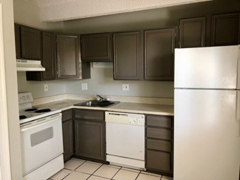 730 Wilcox Street 2 Beds Apartment for Rent Photo Gallery 1