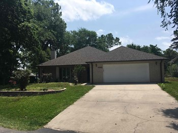 14042 Hunters Glen 3 Beds House for Rent Photo Gallery 1