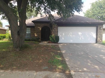 2716 Poplar Spring Rd 3 Beds House for Rent Photo Gallery 1