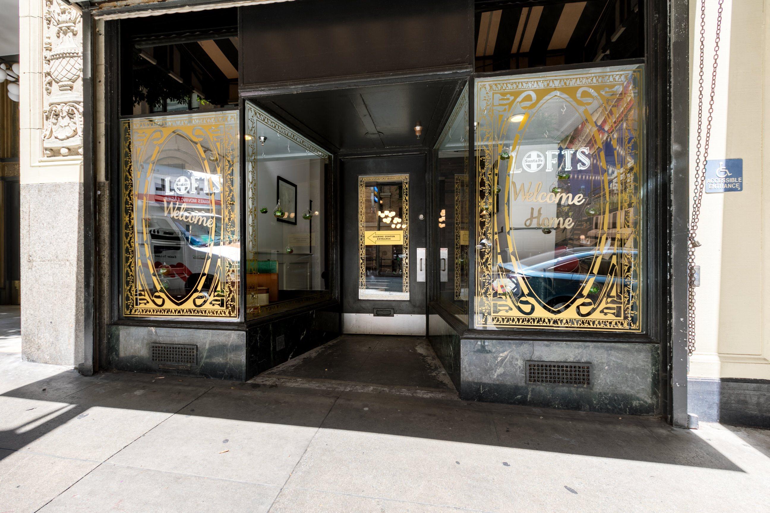 Entrance at Santa Fe Lofts 121 E 6th Street, Los Angeles, CA 90014