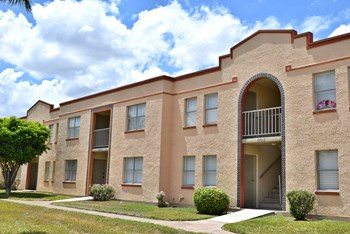 1025 Wild Rose Lane 1-2 Beds Apartment for Rent Photo Gallery 1
