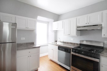 105-107 South Blvd. Studio-1 Bed Apartment for Rent Photo Gallery 1