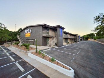 APEX Modern Living 1-2 Beds Apartment for Rent Photo Gallery 1