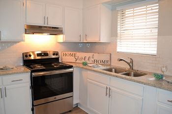 2609 Charlestown Drive 2-3 Beds Apartment for Rent Photo Gallery 1