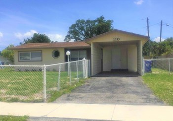 110 NE 25 Ct 3 Beds House for Rent Photo Gallery 1