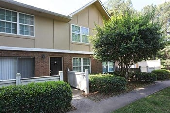 1035 Franklin Gateway SE 1-3 Beds Apartment for Rent Photo Gallery 1