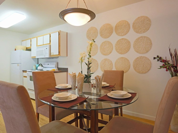 Dining Area at Mirabella Heights in Albuquerque, NM