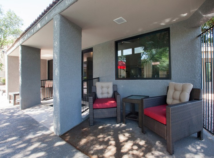 Community Sitting Area at Saguaro Villas Apartments in Tucson, AZ