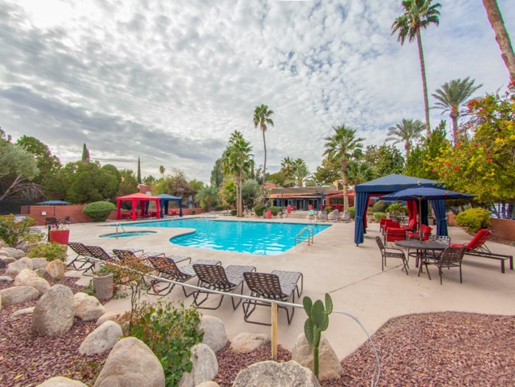 Pool, Pool Patio & Cabanas at Mission Palm Apartments in Tucson, AZ