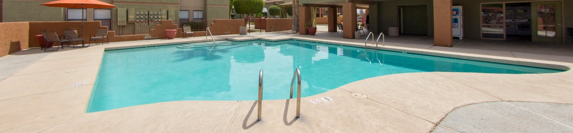 Pool & pool patio at Avenue 8 Apartments in Mesa, AZ