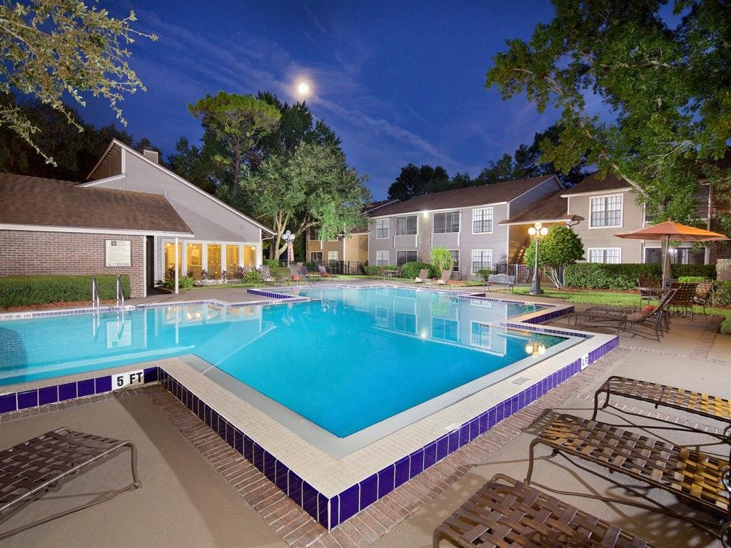 Bentley Green Apartments East Jacksonville, FL Swimming Pool