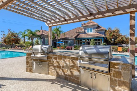 Swimming Pool with Outdoor Grilling Area