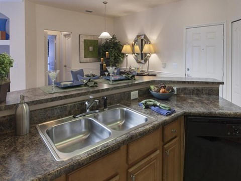 Heritage on Millenia Apartments in Orlando, FL Kitchen Island