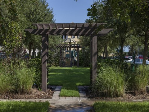 Heritage on Millenia Apartments in Orlando, FL Social Courtyard