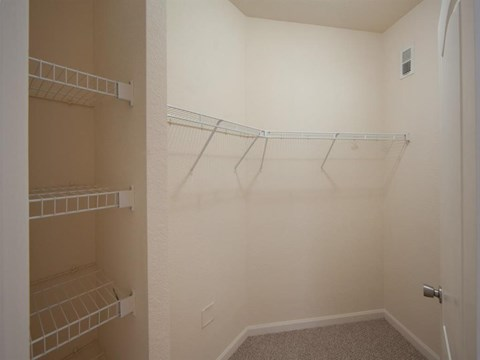 Heritage on Millenia Apartments in Orlando, FL Walk-in Closets