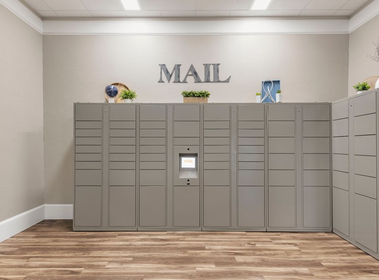 The Summit at Metrowest | Mail Room