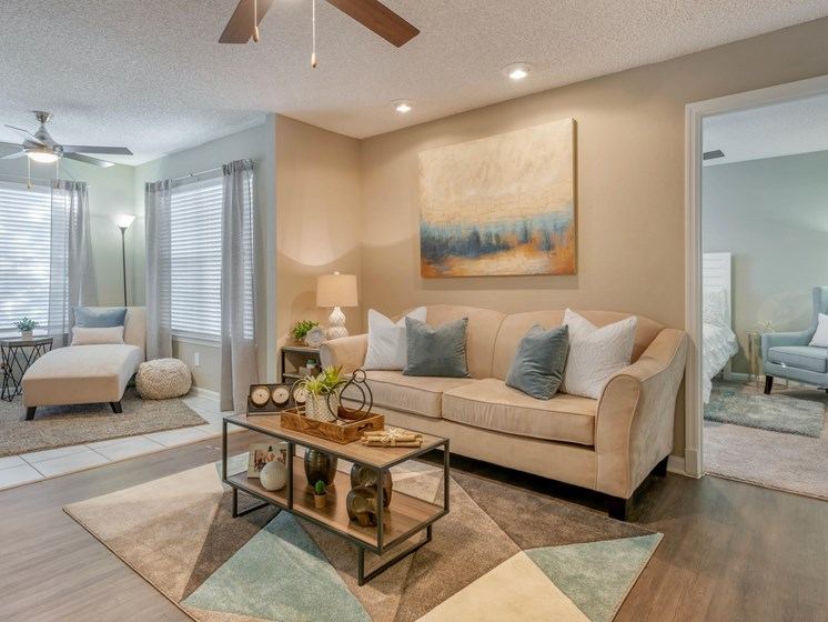 The Summit at Metrowest | Elegant Living Spaces with Two-tone Paint