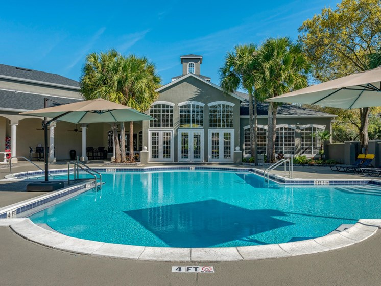 The Summit at Metrowest | Swimming Pool Paradise