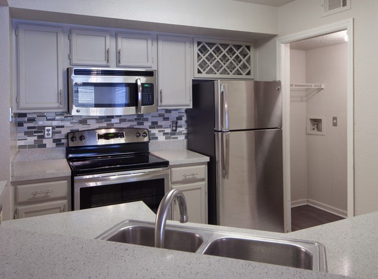 The Summit at Metrowest | Spacious Kitchens with Alternate Light Color Cabinets