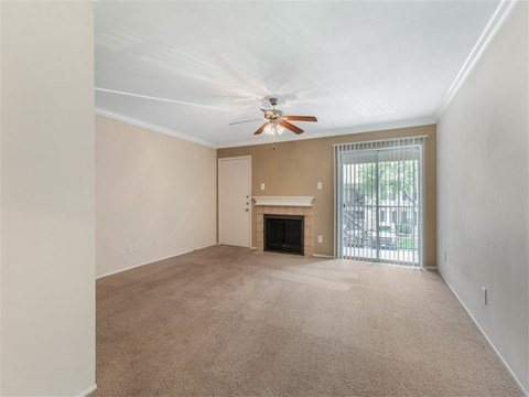 Cimarron Parkway Living Room with Ceiling Fan