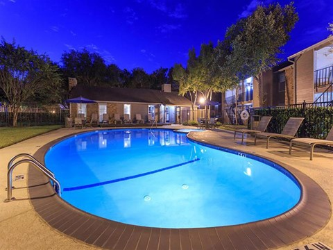 The Hunt Club at Pin Oak Apartments Katy, TX Swimming Pool