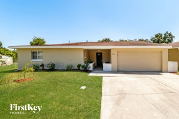2414 Parkview Dr 3 Beds House for Rent Photo Gallery 1
