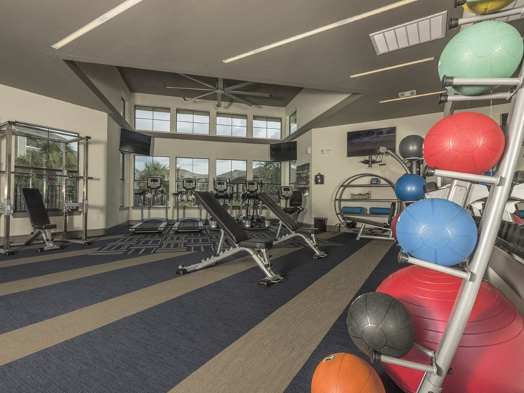 apartments in spring with fitness center