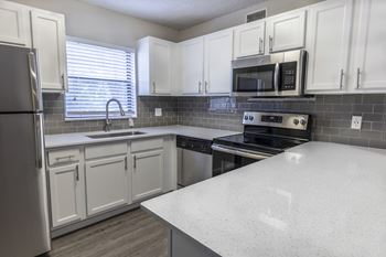 6925 Town Harbour Blvd 1-2 Beds Apartment for Rent Photo Gallery 1