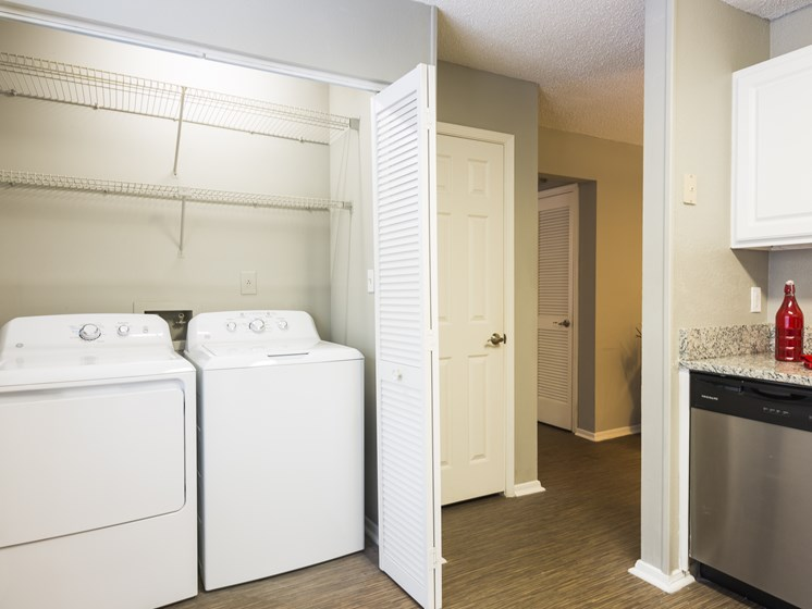 Full-Size Washer & Dryer