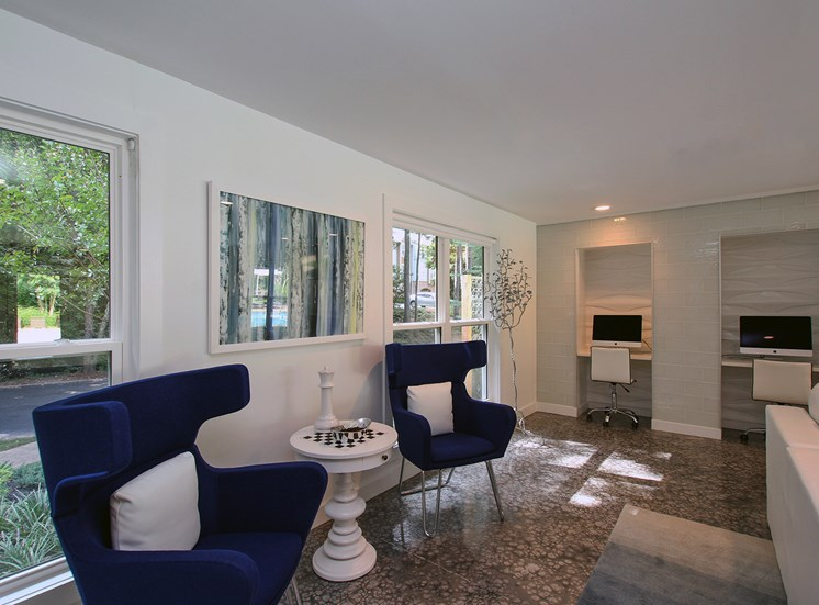 Resident Lounge Business Center The Addison at Sandy Springs Apartment Homes