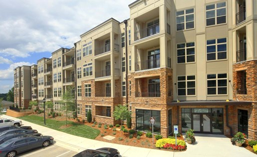 Lofts at Weston Lakeside Apartments near Raleigh in Cary, NC