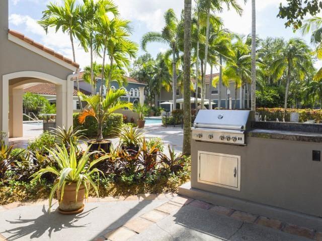 Grilling stations at Marela apartments in Pembroke Pines, Florida