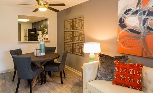 Dining room at Siena Apartments in Plantation FL