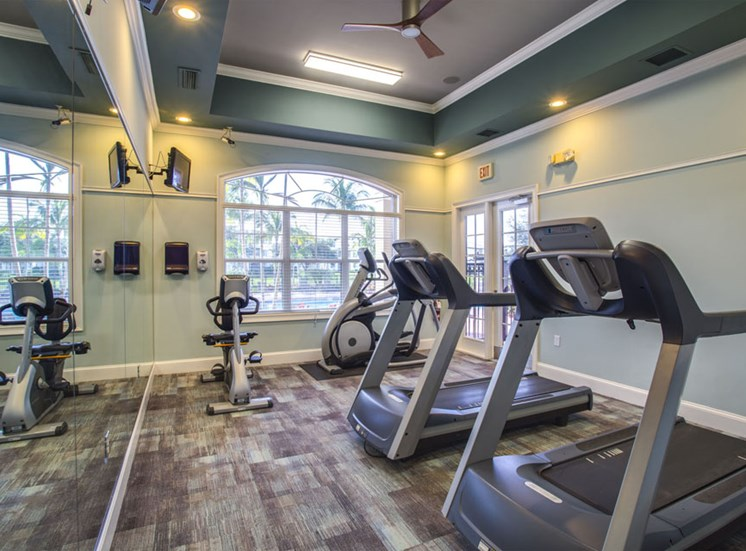 Cardio Center at Vista Lago Apartments in West Palm Beach, Florida