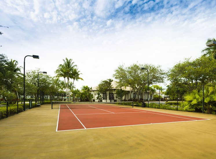 Tennis Court at Vista Lago Apartments in West Palm Beach, Florida