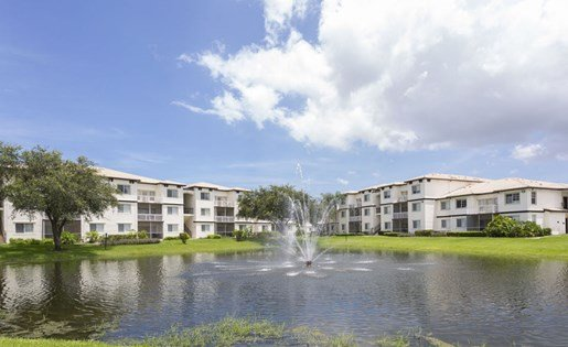 Pond at Vista Lago Apartments in West Palm Beach, Florida