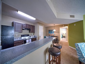 5620 Collins Road 1-4 Beds Apartment for Rent Photo Gallery 1