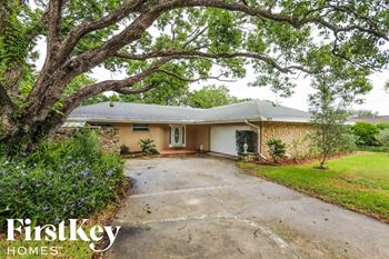 401 Broadview Ave 4 Beds House for Rent Photo Gallery 1