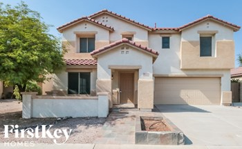 9032 E Pampa Ave 5 Beds House for Rent Photo Gallery 1