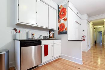 6301 Overbrook Ave 4-5 Beds Apartment for Rent Photo Gallery 1