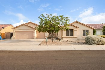 1501 E MALDONADO Dr 5 Beds House for Rent Photo Gallery 1