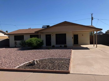 2333 E Sylvia St 3 Beds House for Rent Photo Gallery 1