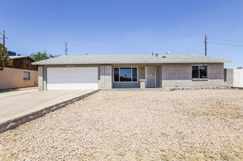4056 W CAMINO ACEQUIA 3 Beds House for Rent Photo Gallery 1