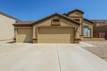 9156 W Quail Ave 4 Beds House for Rent Photo Gallery 1